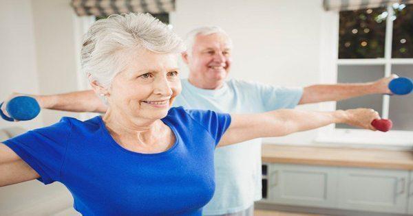 blog de imágenes de la pareja de ancianos ejercicio