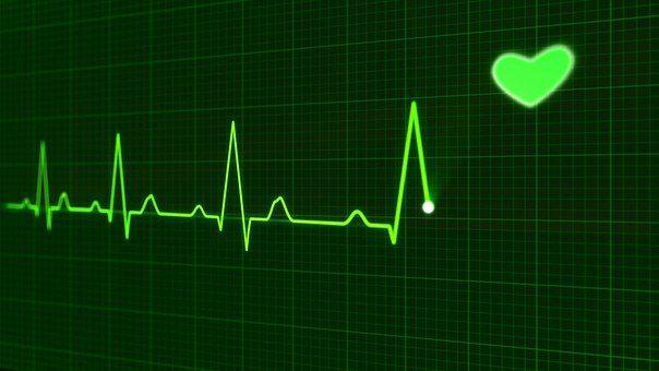 ekg machine image showing good heart beat rate