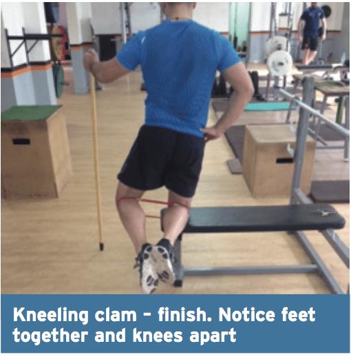 kneeling clam finish