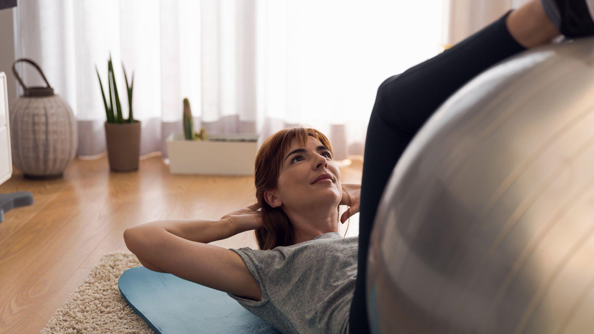 La fuerza central reduce el dolor de espalda en el paso tx.