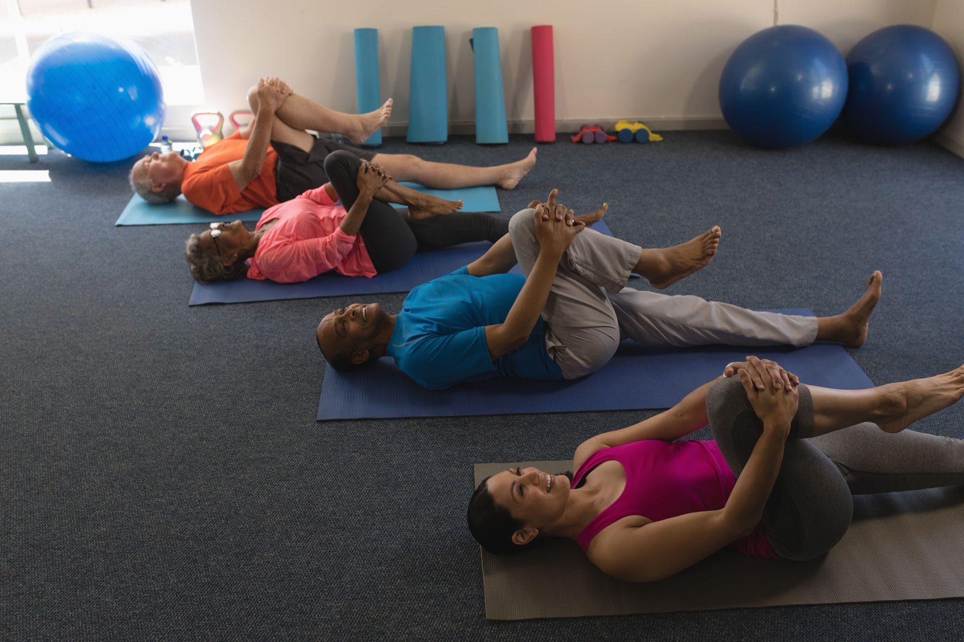 Estiramientos 3 que alivian el dolor de espalda en el paso tx.