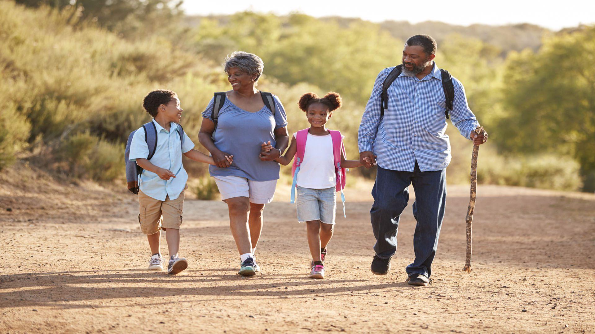 11860 Visa Del Sol Ste.128 Sepa cómo llevar una mochila de manera adecuada El Paso, TX.