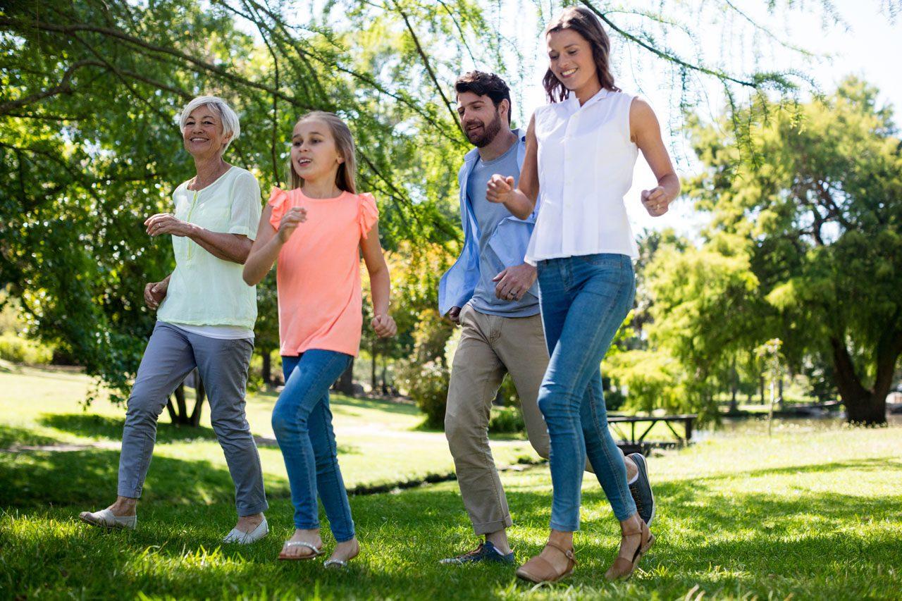 11860 Vista del Sol, Ste. 126 La actividad física y el ejercicio equivalen a una columna vertebral más saludable El Paso, TX.