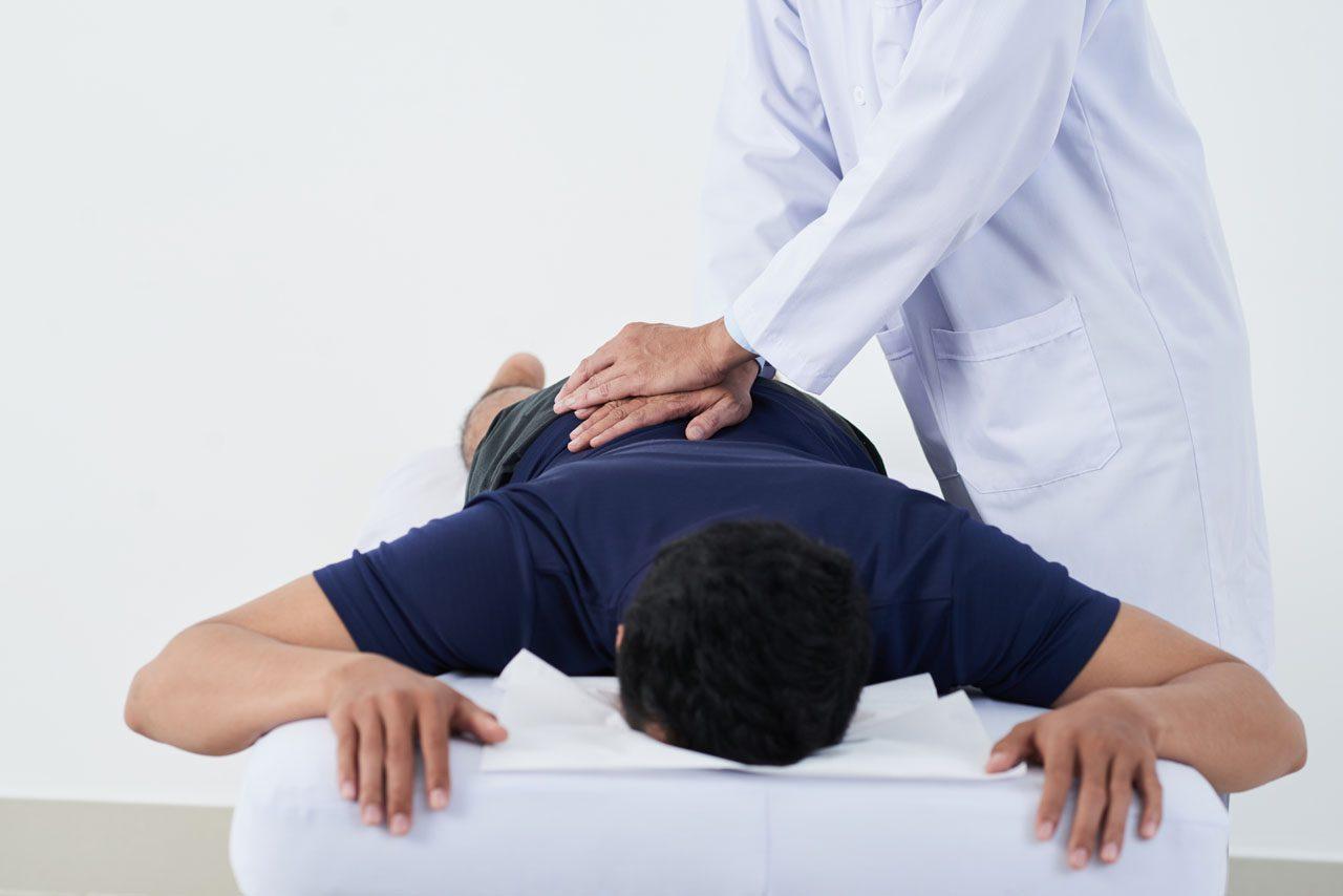 11860 Vista del Sol, Ste. 128 Dolor vertebrogénico crónico en la parte baja de la espalda y placas terminales vertebrales vertebrales