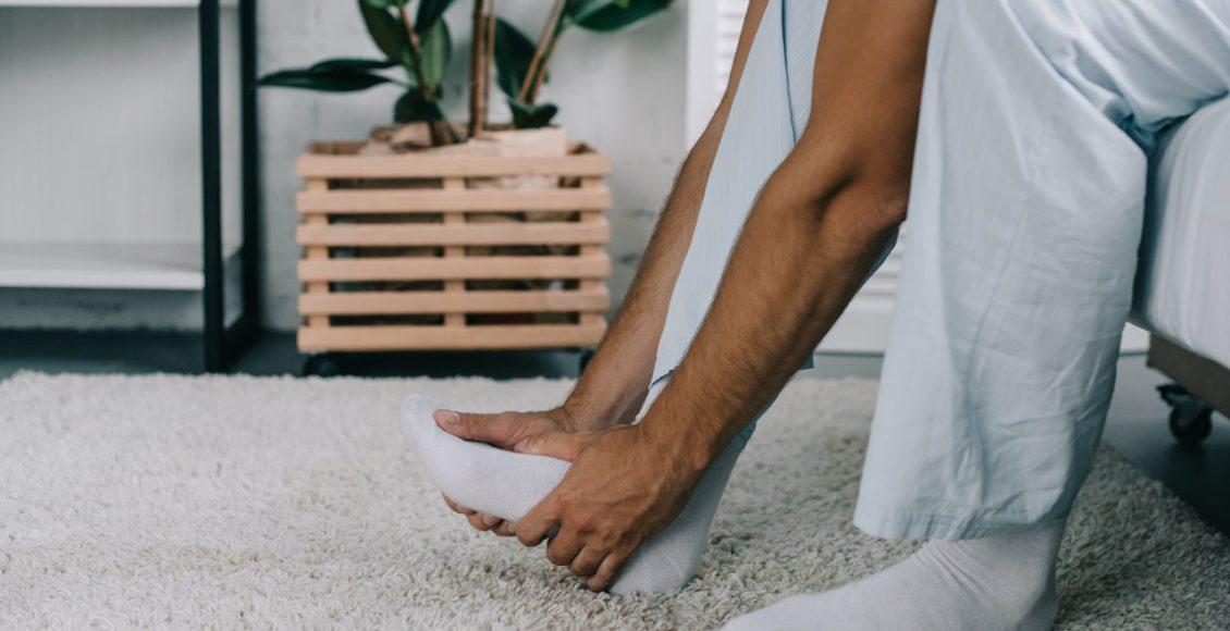 11860 Vista Del Sol, Ste. 128 Fascia plantar inflamada, dolor de pies y quiropráctica
